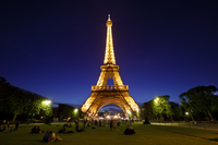 Eiffel-Tower-Paris-Facts-and-Information-of-Incredible-History1